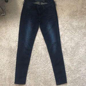 EUC American Eagle Jeans size 6